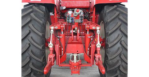 Тракторы серии 2000 (335-375 л.с.)  53ba7c6a26795Untitled75b347a4224b51